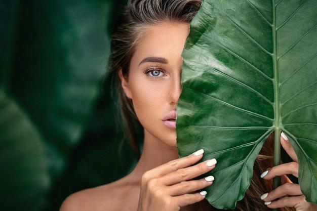 Les impacts d'un régime strictement végétal sur la peau et la beauté naturelle
