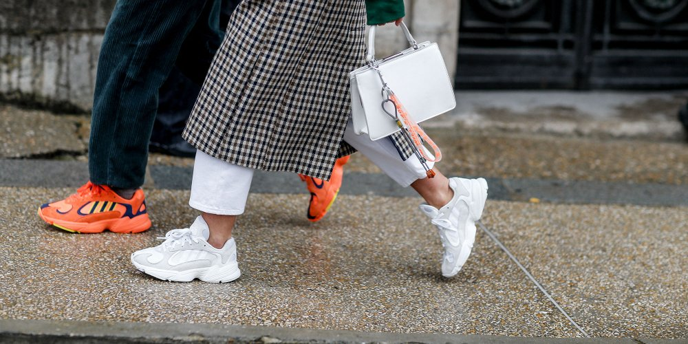 La mode du sportswear dans le bureau